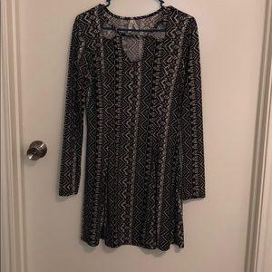 Mudd Black & White long sleeve dress